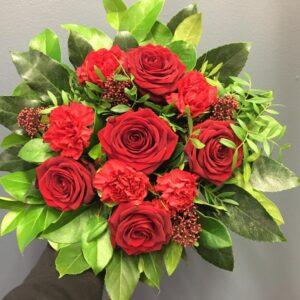 Palava rakkaus Kukkakimppu